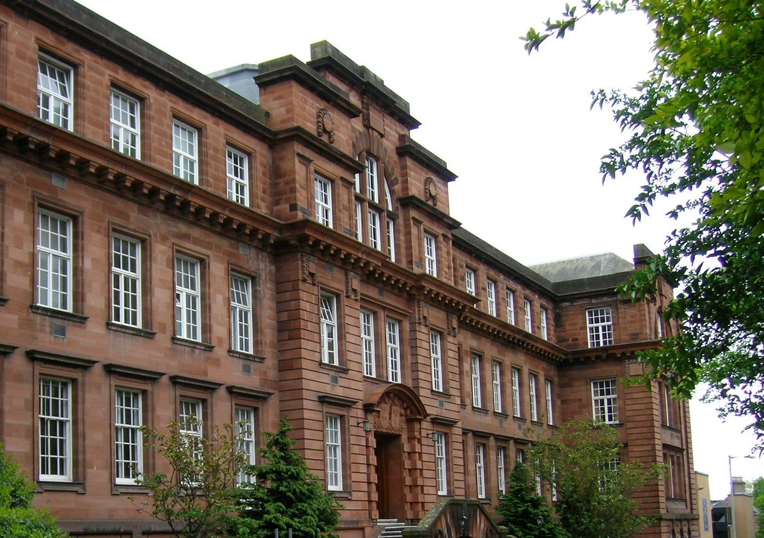 Dundee International